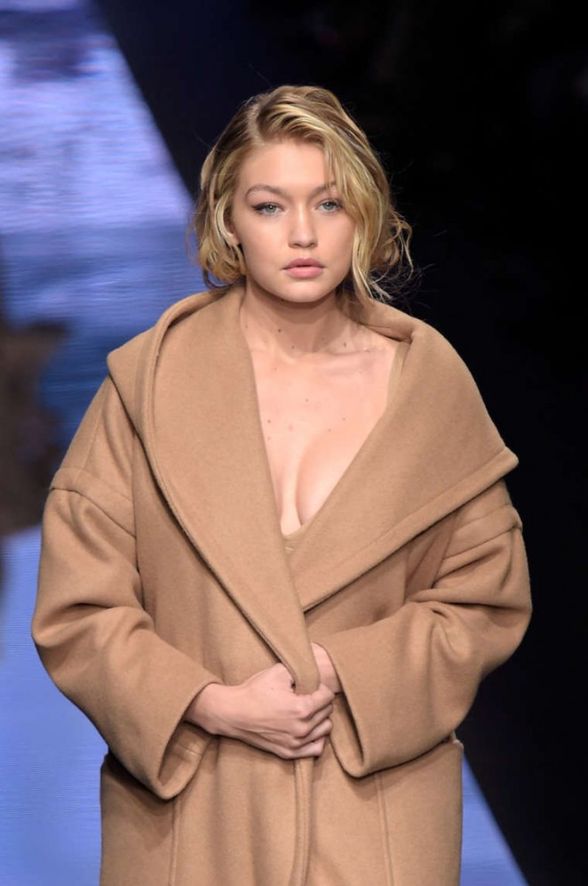 FOR-FASHION-NEWS-ONLY-milanfw-fw15-16-gotceleb.com_gigi-hadid